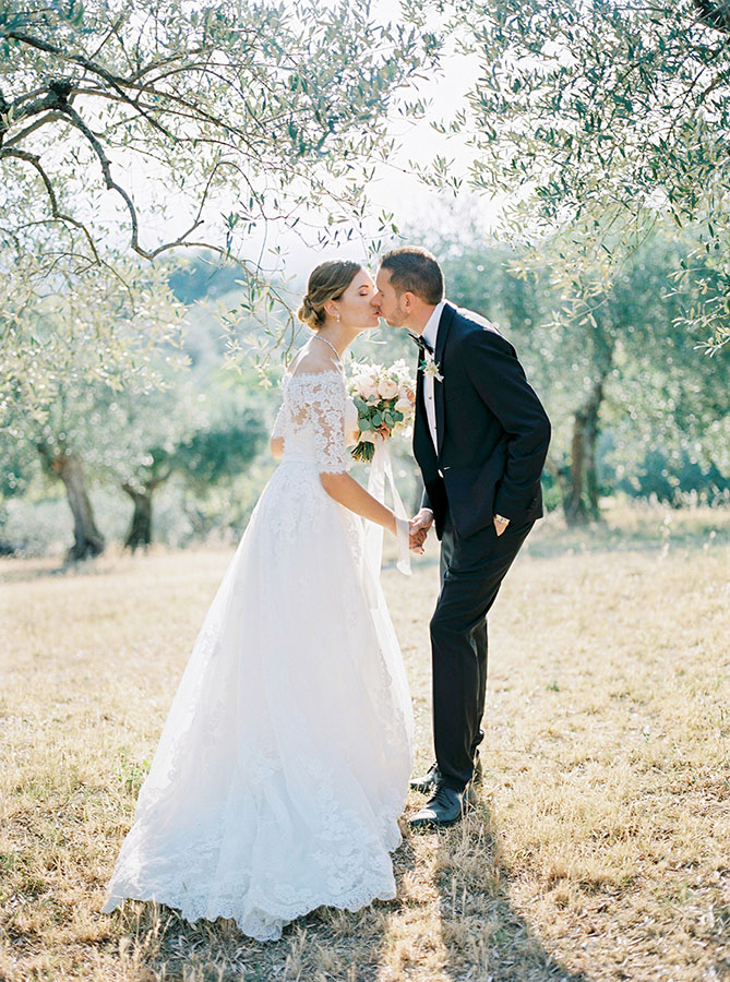 Villa Le Fontanelle Tuscany Wedding Jane   Jason 482 3